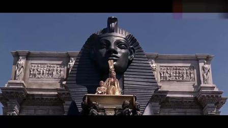 《埃及艳后》:艳后的出场太壮观,引起全场的欢呼,不愧是女王