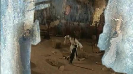 破军不敌无名,为了不让破军出丑,师父出手杀死三大高手!