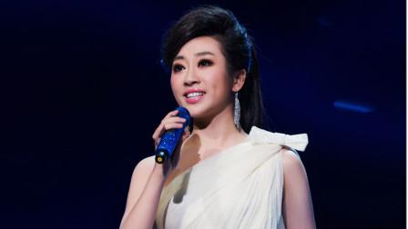 杨幂一首成名曲《爱的供养》,竟被金婷婷对唱出了灵魂,惊艳