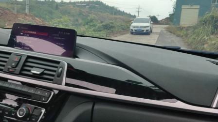 女司机拿驾照后有多猛,先憋住别笑啊,车上的人被吓得不敢坐!