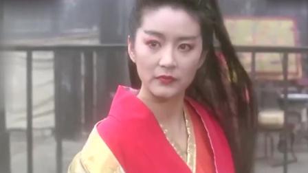 笑傲江湖: 东方不败一袭红衣,再现江湖豪情,那时候的她太美了