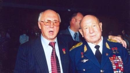 """参军40年,为国际航空事业奉献无数,""""苏联英雄""""离开了我们"""