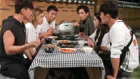 """美食:曹璐于晓光做了一桌丰盛的家常菜, 韩国人说 """"中国菜真好吃"""""""