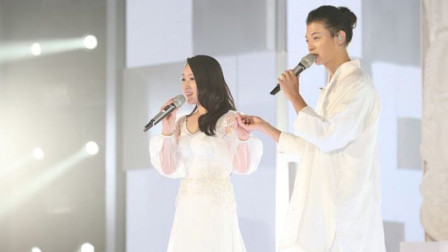 单独一首经典歌换成神仙打架式的合唱就能超越原唱吗