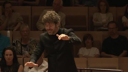 Mozart: Symphony No.40 / Pablo Heras-Casado