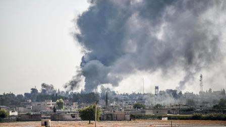 刚刚撤出叙北,美军事基地遭遇猛烈空袭,五角大楼:自己人炸的