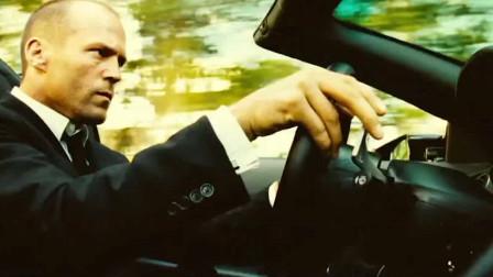 开兰博基尼还能逃停车费,杆子根本拦不住,这就是我想买它的理由