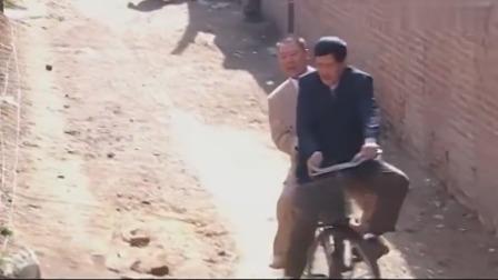马大帅:范德彪马大帅太搞笑了,骑个自行车都能吵起来,厉害