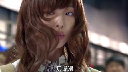 致美丽的你:崔雪莉去珉豪签售会,她的美貌真是耀眼!