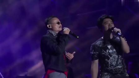 马云和李健同台飙歌《传奇》不得不说,健哥真心不易!