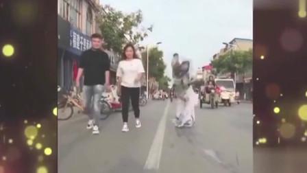 家庭幽默录像:一波操作猛如虎,姑娘被你摔迷糊!