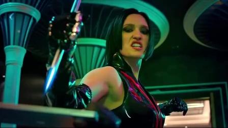 机器之血:美女打架非要用脚踢人,男子当场抱住大腿,把美女砸了