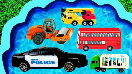 孩子们的汽车玩具乐园:挖掘机、翻斗车、压路机、消防车、警车、赛车、救护车!