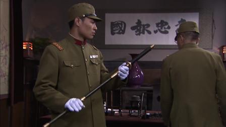 兵变1938:关震宇不得已穿上鬼子军装,长谷川还要给他举行仪式