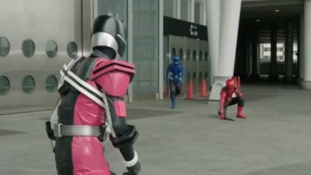 假面骑士剧场版:超级战队为什么要消灭假面骑士,让人费解