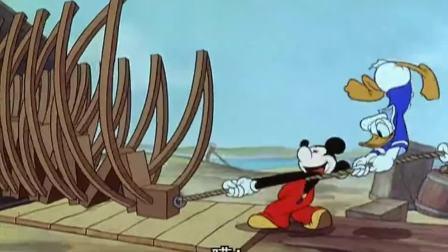 万能米老鼠:仨人根据图片建船,唐老鸭:就是一个小孩也能做好