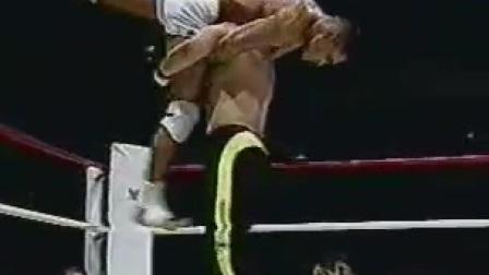 无限制格斗 他不单单是巴西柔术的传奇 也是MMA综合格斗 Vale Tudo无限制格斗的传奇 Rickson Gracie 雷克森 格雷西 Highlights