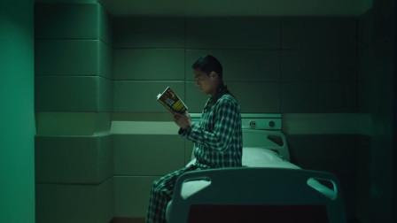 为《寒战3》操碎心!李树堂父子,刘杰辉收到的书,寓意颇深!