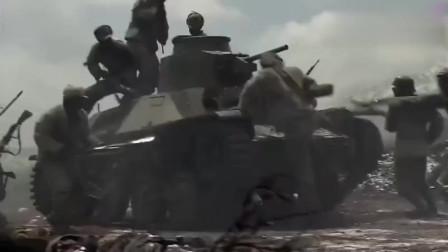 我的团长我的团:士兵想打烂坦克,最后竟对着坦克炮口一看,惨了