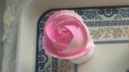 蛋糕裱花-挤玫瑰花的手法