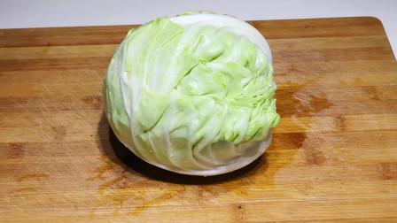包菜不要炒着吃,试试这种做法,口感爽脆又好吃,做法简单又易学
