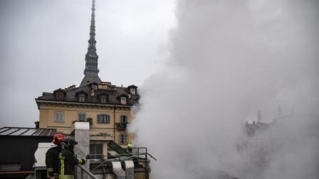 意大利世遗建筑发生火灾 300年古迹屋顶坍塌