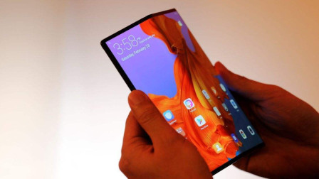 华为折叠屏手机来袭!有望在11月1日发布,售价9999元起