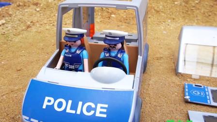 组装警车汽车玩具车视频