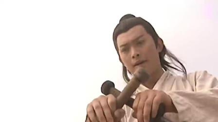 隋唐英雄传:秦叔宝军中舞锏,得知身世后,眼笑眉飞!
