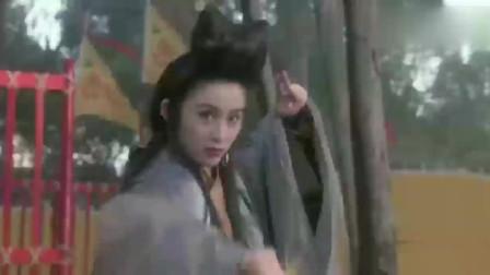 武状元苏乞儿:利用美女刺杀皇上,苏灿及时赶来,唤醒美女!