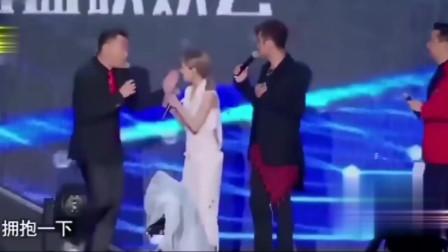 罗志祥黄磊联手挤兑孙红雷,旁边蔡依林笑而不语!