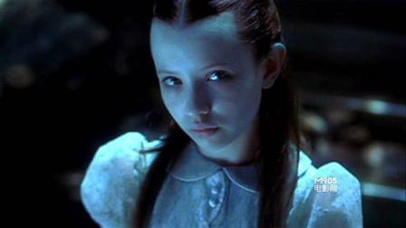 几分钟速看《幽灵船》小女孩在数百人被钢丝腰斩的情况下奇迹生还