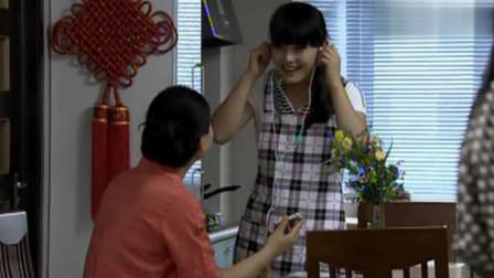 杜鹃的女儿:本是亲生女儿,送了礼物还不知道是自己女儿,遗憾!