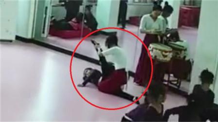 6岁女童学舞蹈瘫痪,母亲哽咽抽泣:站不起来了,除非奇迹出现