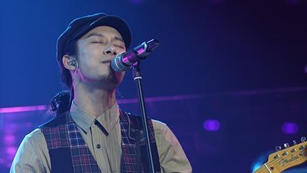 22岁的小刘 竟然唱出了52岁的味道