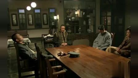 闯关东:朱开山与儿子谈话,暗示朱传武去劫大狱救鲜儿!
