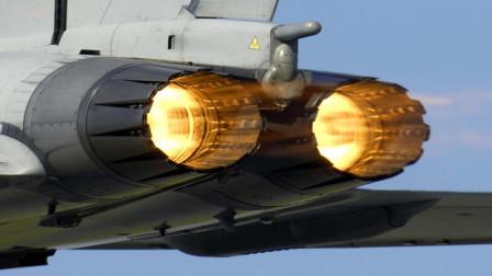 为什么早期的飞机需要炸药启动,是什么原理呢?今天算长见识了