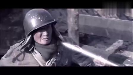 集结号:士兵被炸断腿,抱着指导员不放,战争太真实残酷了,感动!