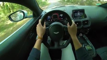 试驾4.0排量的阿斯顿马丁,开上高速才明白V8发动机有多厉害!