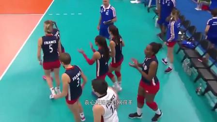 冠军梦碎,军运会中国女排1-3不敌巴西, 连续三届摘银!