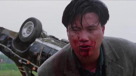 江湖情:发哥车翻了还遭万梓良,刘德华骑摩托救拼相救!