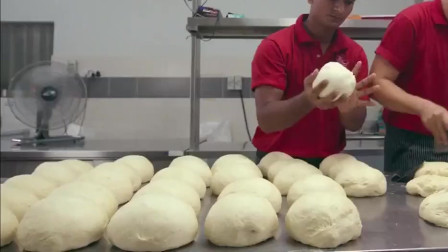 舌尖上的美食:独特美味咖喱面包鸡!咖喱与面包的完美结合好吃到怀疑人生。