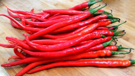 这才是辣椒酱最简单的做法,步骤详细,夹馒头拌饭都特别好吃