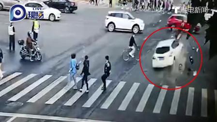 上海2死12伤车祸目击者:肇事车一路飞驰冲撞,十几辆救护车到场