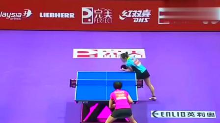 女子乒乓球比赛,刘诗雯对打福原爱,对手被打的很惨