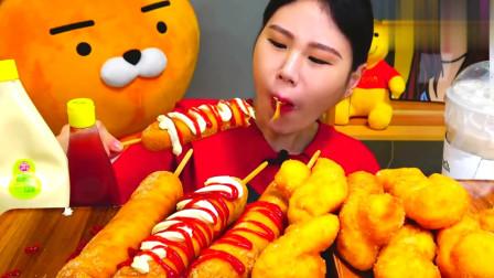 韩国大胃王卡妹,试吃特色大热狗和麻花,色香味俱全看着就好吃