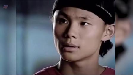 2006年吴悠本色参演了一部青春偶像剧《篮球部落》