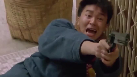霹雳先锋:仗着人多欺负大傻,老二掏出m4,直接扫射