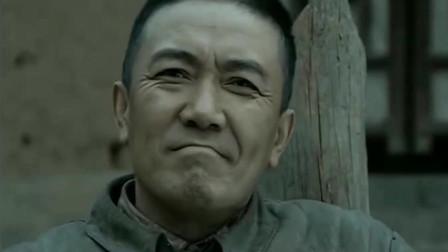 李云龙:我看你小子是欠揍,和尚:你又打不过俺