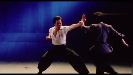 2003年经典功夫电影《醉马骝》片头:至今看着热血沸腾!